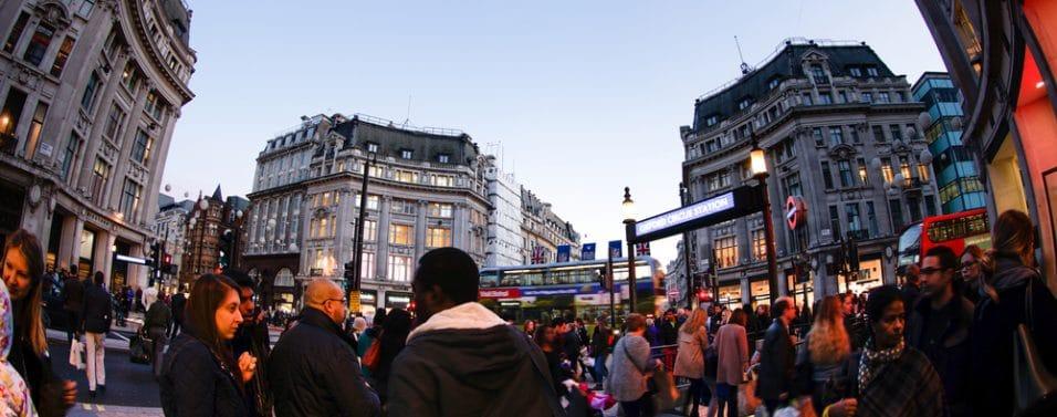 London shopping crowd