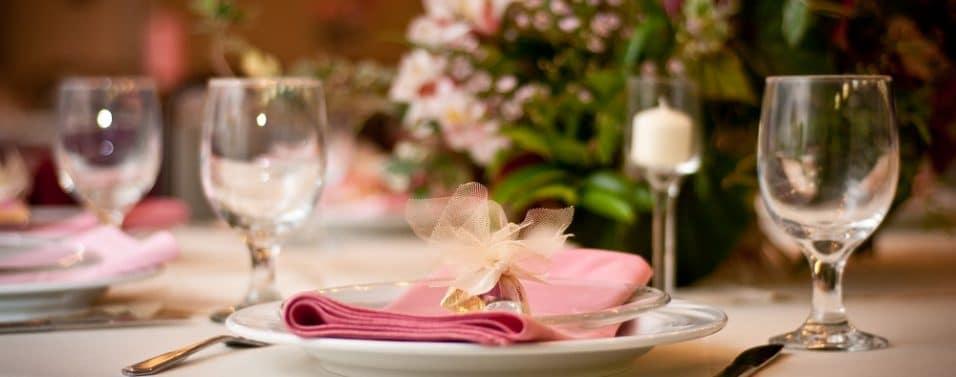 Formal dinner table glasses